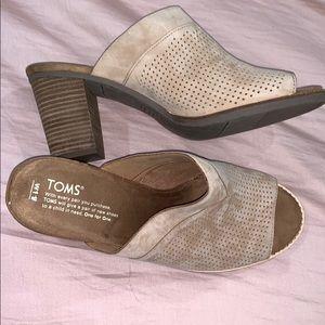 Toms slip on heels